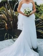 Beautiful Classic Wedding Dress